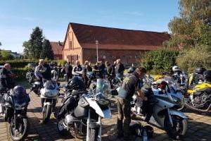 Tour-zum-Flugzeugmuseum-2019